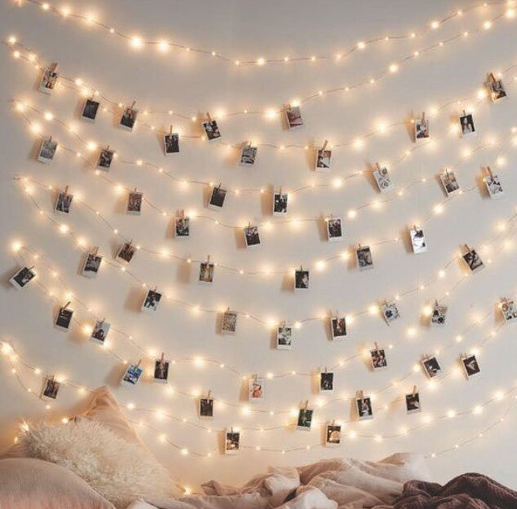 twinkle lights with pictures and clothespin