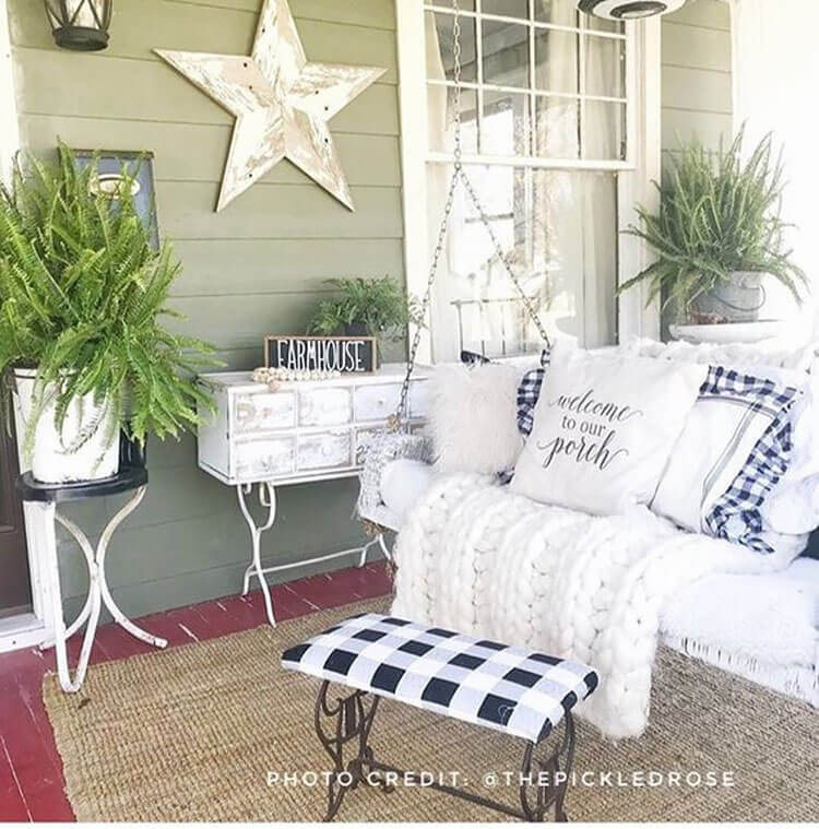 porch swing with pillows