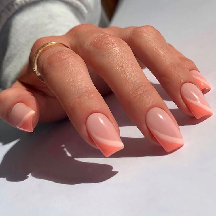 simple coral nails
