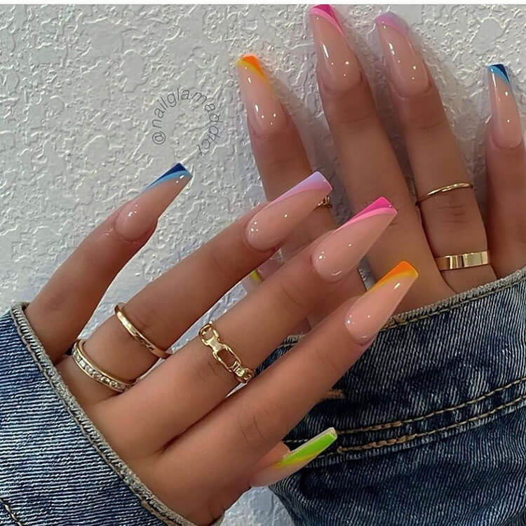 nails with colorful tips