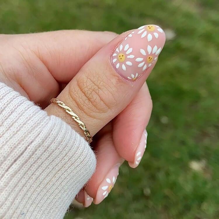 daisy flower nails