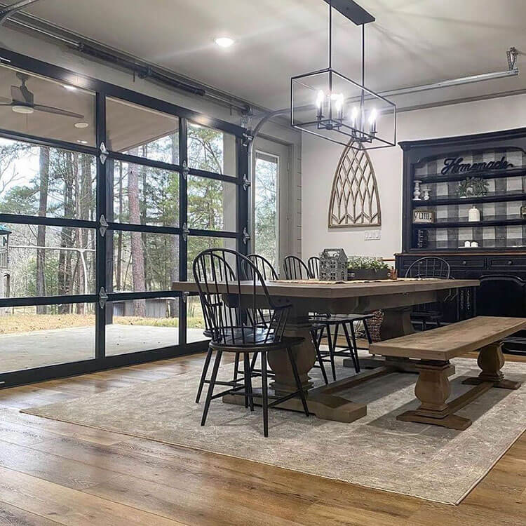 dining area for bando