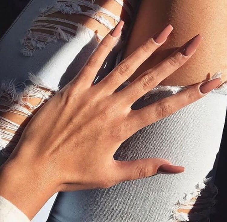 nude press on coffin nails