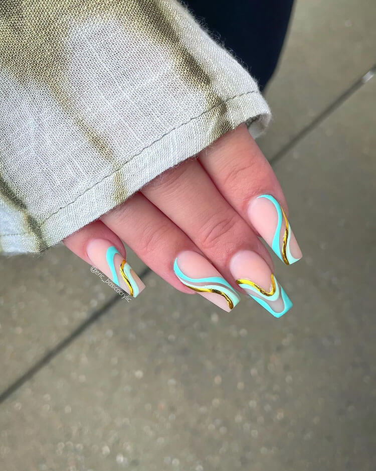 blue swirl nails