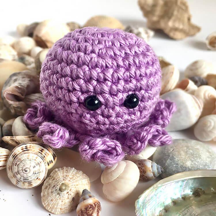 small crochet octopus