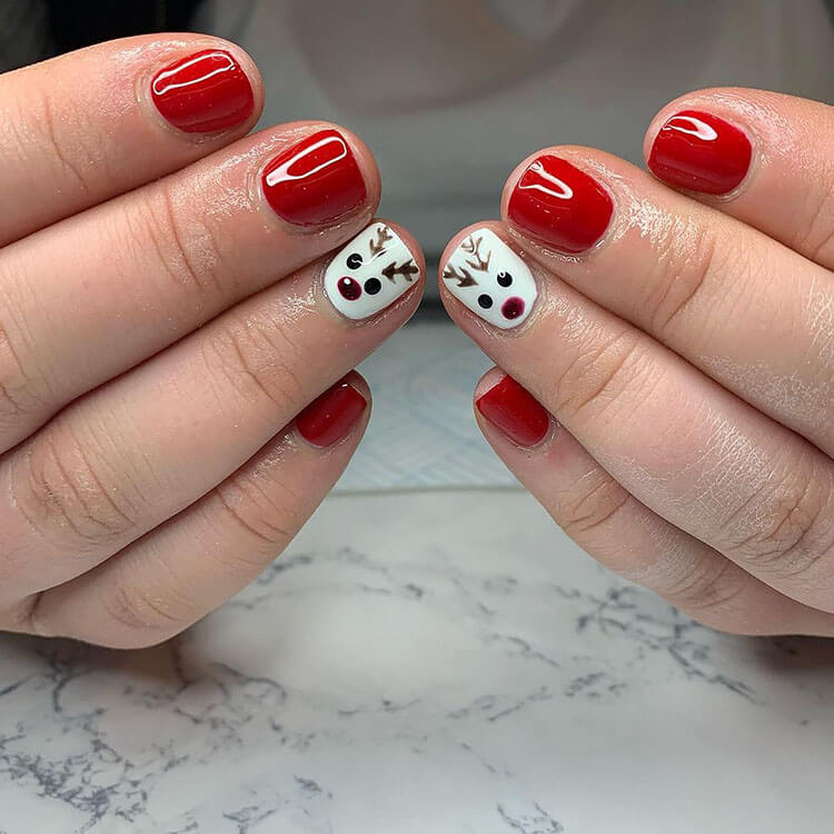 red rudolf nails