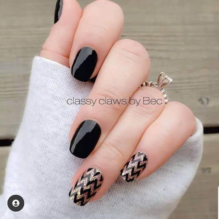 chevron black nails