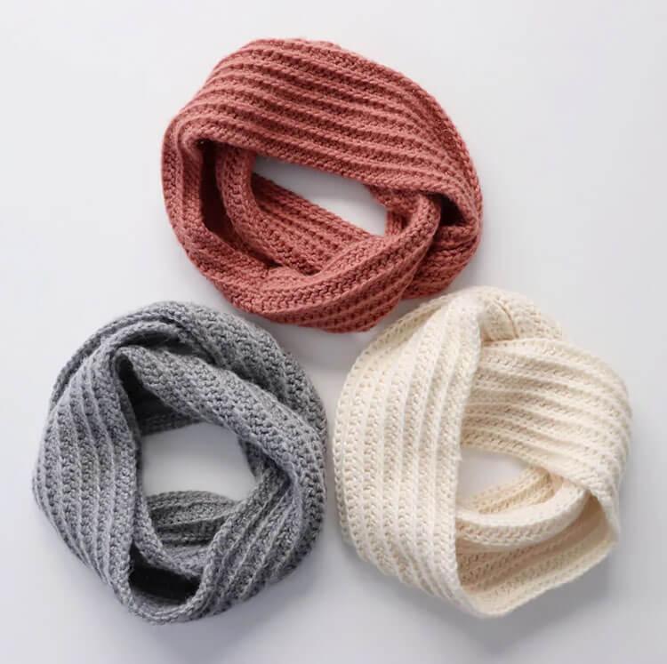 Beginner Crochet Dreamy Infinity Scarf
