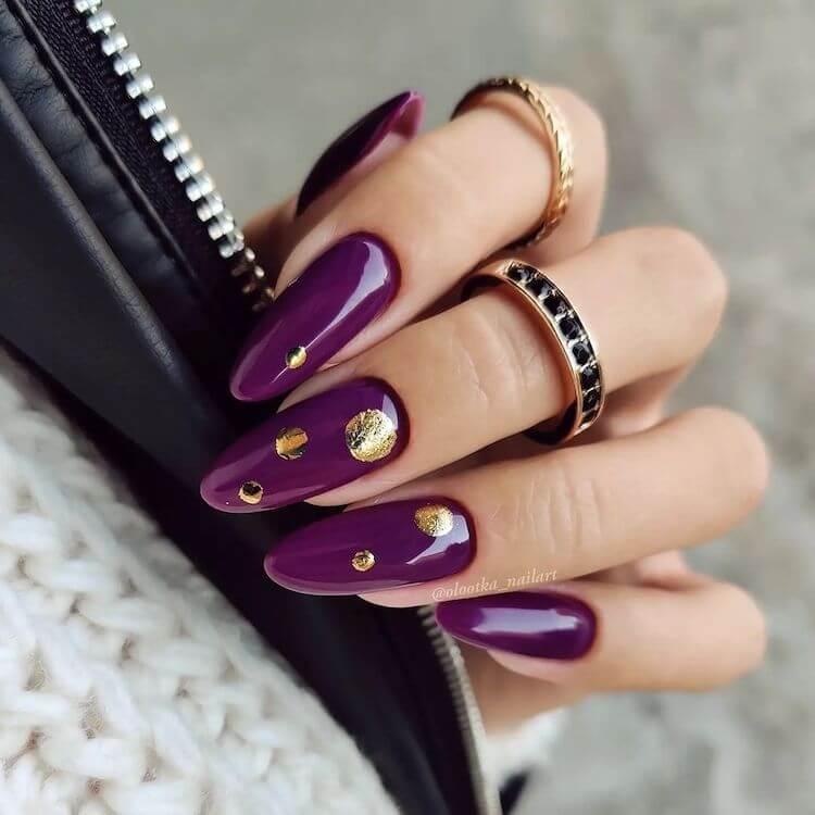 dark purple nails